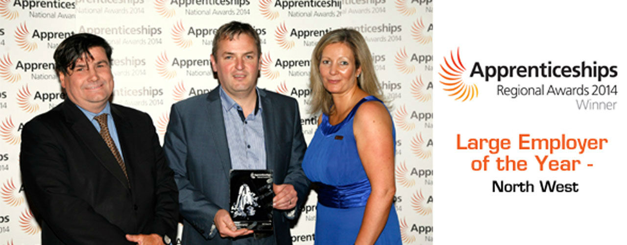 Kris Mercer with Large Employer of the Year 2014 Trophy